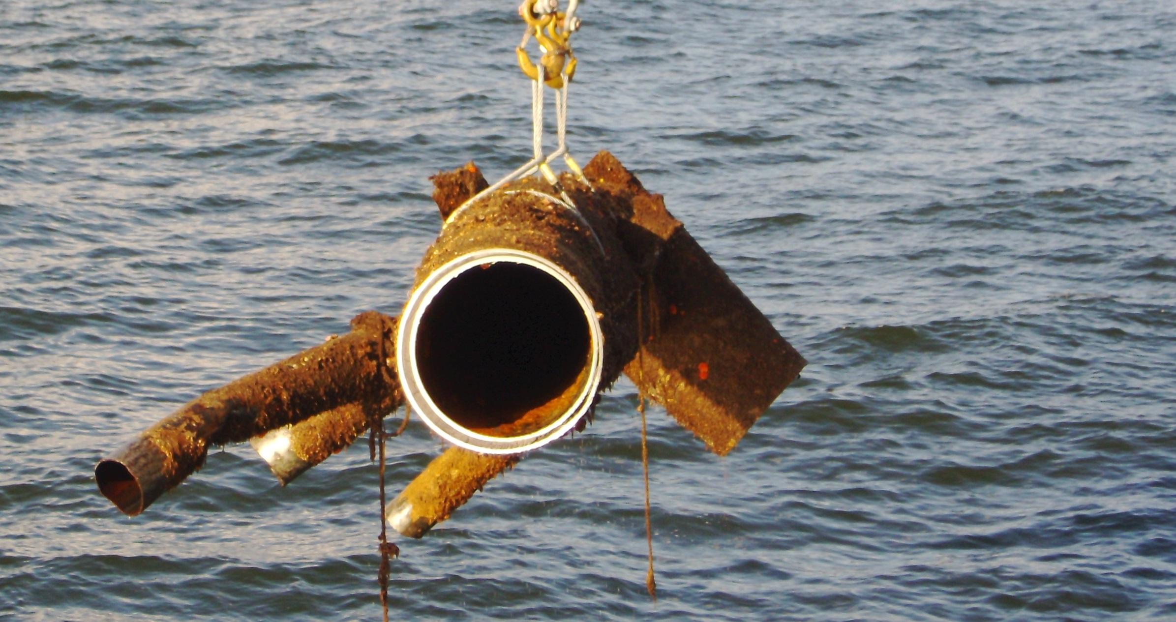 Offshore Decommissioning Underwater_Leg_Cut